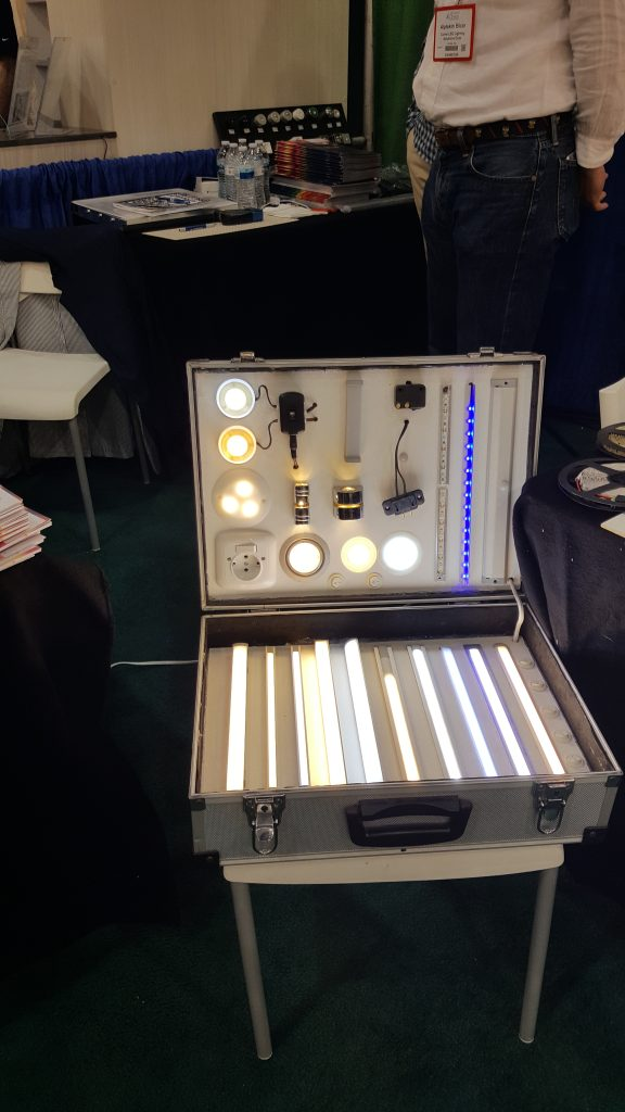 culver-led-lighting-cabinet-and-closets-expo-exhibit