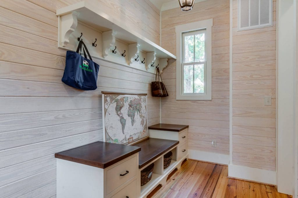 shiplap-used-in-a-mudroom