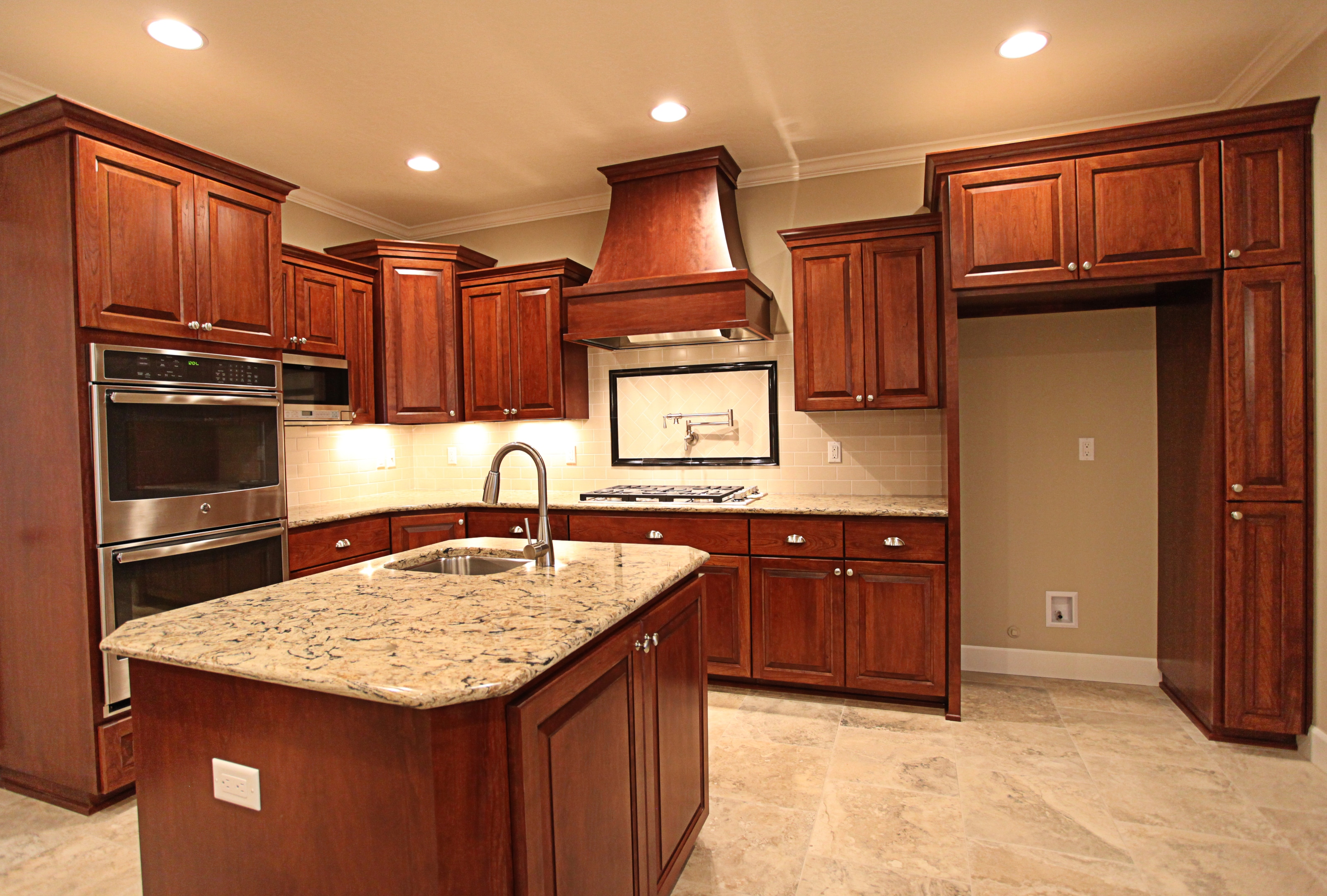 Traditional-kitchen-counter-depth-upper-wall-cabinets-stained-kitchen-cabinets