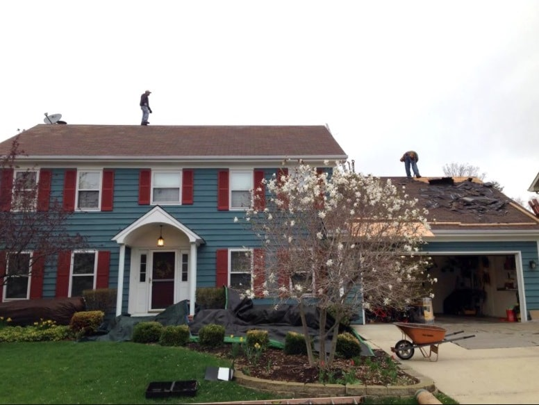 repairing-a-damaged-roof-isnt-cheap-or-easy
