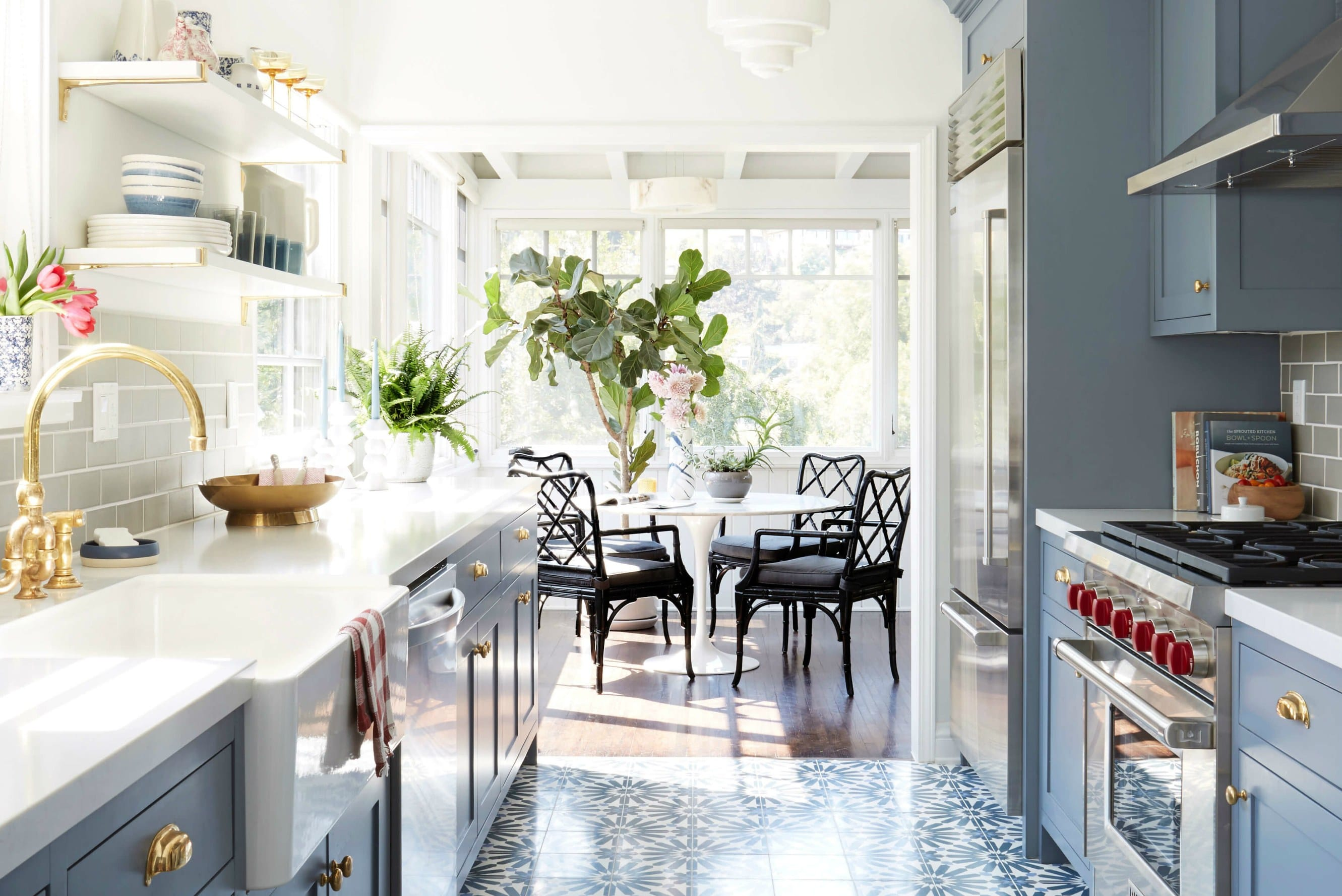 plotting-out-your-galley-kitchen